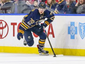 Buffalo Sabres Right Wing Alexander Nylander (70) (Photo by John Crouch/Icon Sportswire).