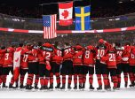 BUFFALO, NEW YORK - JANUARY 5: Canada against Sweden during the gold medal game of the 2018 IIHF World Junior Championship. (Photo by Andrea Cardin/HHOF-IIHF Images)