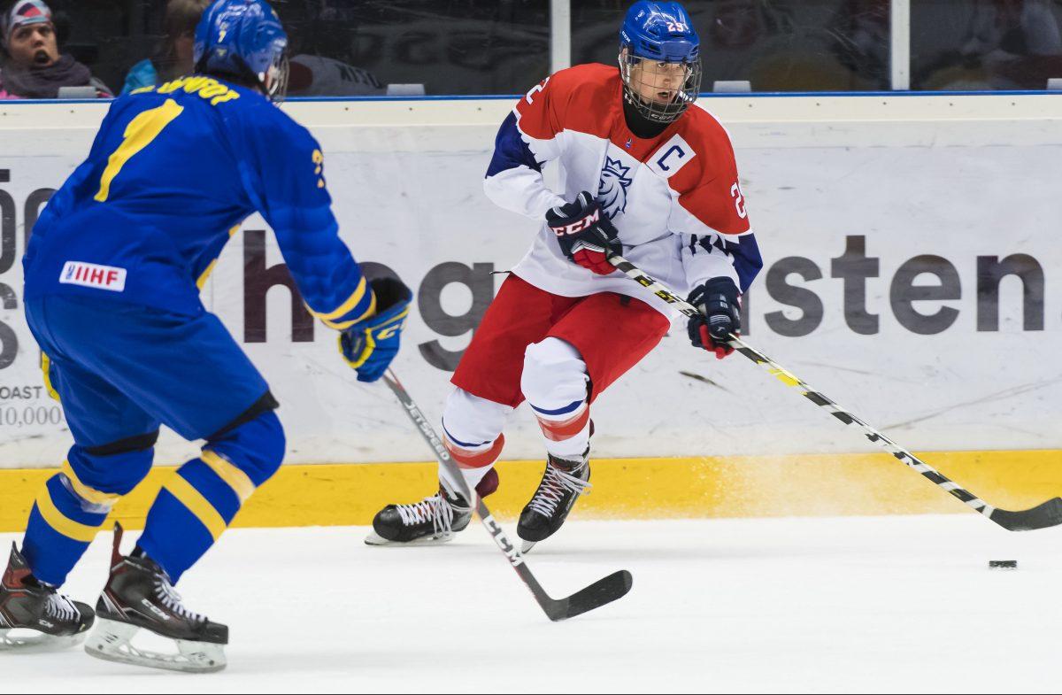 Jan Mysak during the ice hockey quarter final game in The IIHF U18 World Championship between Sweden and The Czech Republic Photo: Jonas Forsberg / BILDBYRÅN